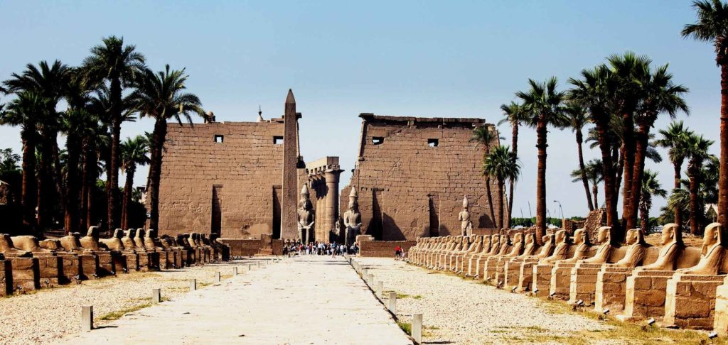 Храм бога Амона в Карнаке