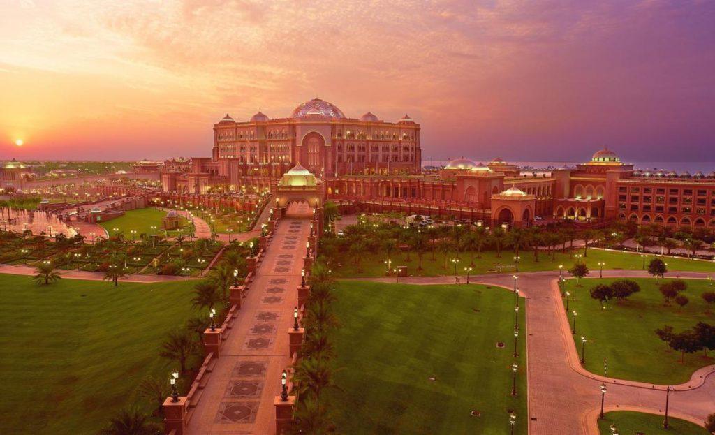 Отели ОАЭ - Emirates Palace 5*