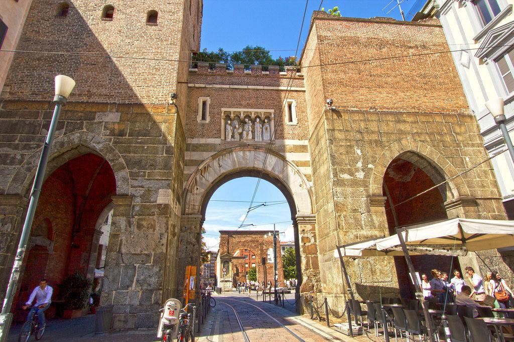Ворота Тичинезе
