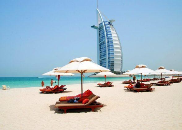 Общественный пляж в Дубае