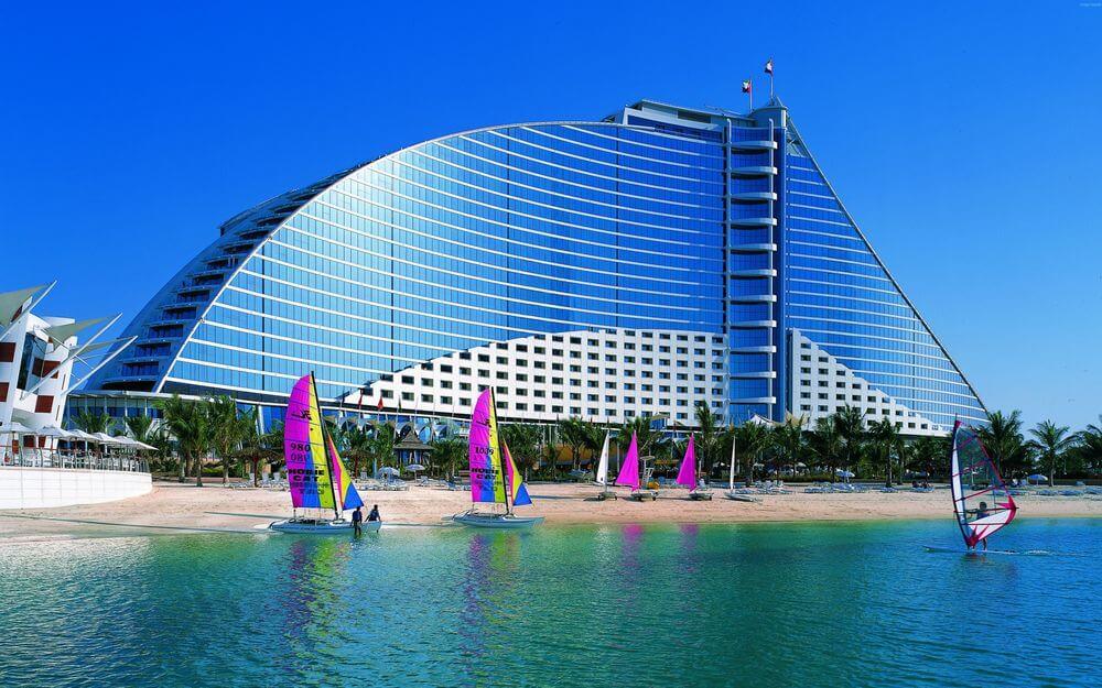 Джумейра Бич отель в Дубае